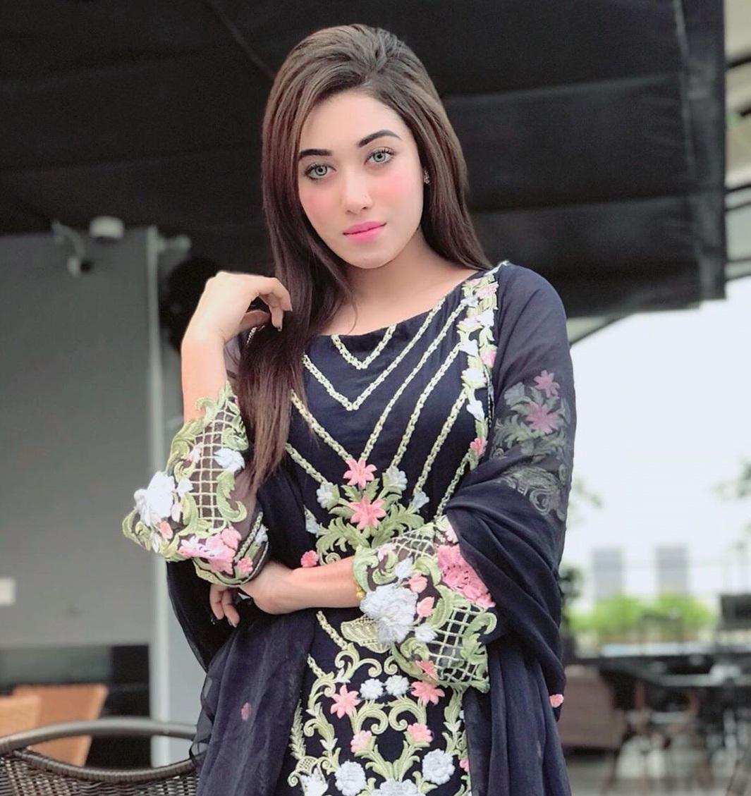 Sanjana Sarkar Riya picture