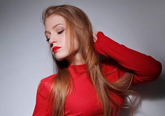 Polina Dubkova picture